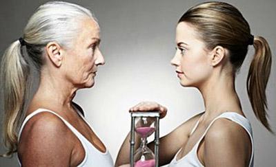 mujer-joven-madura-paso-tiempo